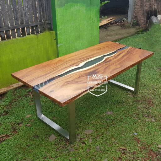 meja kayu resin river flow trembesi