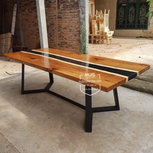 meja meeting kayu resin tengah river