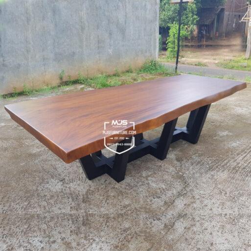 Meja Meeting Kayu Solid Trembesi Besar