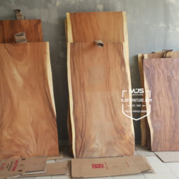 Papan kayu trembesi solid