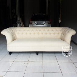 sofa tamu victorian vanity Jepara