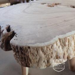 meja antik kayu erosi