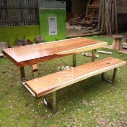 set meja kayu trembesi solid kaki stainless steel